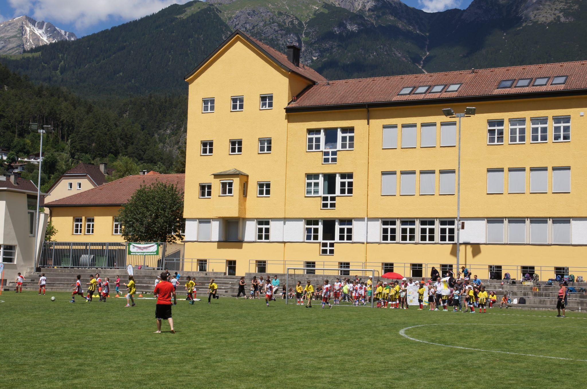 WM Flair Beim Alpine-Coaster-Fußballturnier